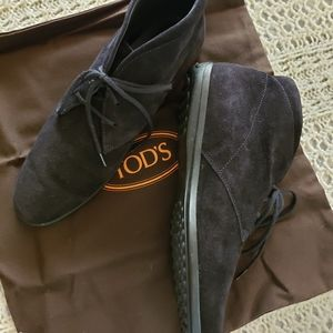 Tods Black Suede Lace up Desert Boot